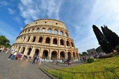 Rome ITALIEN - JUNI 01: Colosseum i Rome, Italien på Juni 01, 2016 Royaltyfri Bild