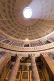 ROME ITALIEN - JUNI 08: Panteon i Rome, Italien på Juni 08, 2014 Arkivfoton