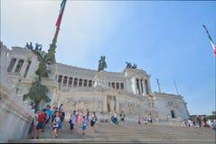Rome ITALIEN - JUNI 01: Piazza Venezia och Victor Emmanuel II monument i Rome, Italien på Juni 01, 2016 Royaltyfria Bilder