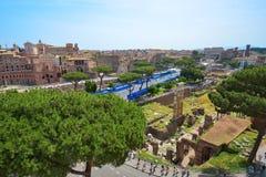 Rome ITALIEN - JUNI 01: Roman Forum fördärvar i Rome, Italien på Juni 01, 2016 Arkivbild