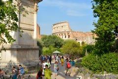 Rome ITALIEN - JUNI 01: Rome Colosseum i Rome, Italien på Juni 01, 2016 Arkivfoto