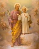 ROME ITALIEN: Målarfärgen av St Joseph vid E Ballerini (1941) i kyrklig Chiesa di Patentlösning Signora del Sacro Cuore Royaltyfria Foton