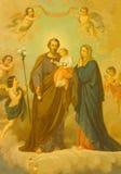 ROME ITALIEN, 2016: Målningen av den heliga familjen i kyrkliga basilikadi Santa Maria Ausiliatrice av den okända konstnären av 2 Arkivfoton