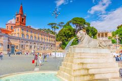 ROME ITALIEN - MAJ 08,2017: En av den mest härliga romerska squaen Arkivbilder