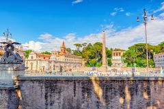 ROME ITALIEN - MAJ 08,2017: En av den mest härliga romerska squaen Royaltyfria Bilder