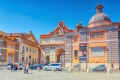 ROME ITALIEN - MAJ 08,2017: En av den mest härliga romerska squaen Royaltyfria Foton