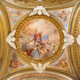 ROME ITALIEN - MARS 12, 2016: Härligheten av den St Bartholomew freskomålningen på sidokupolen i Chiesa di Santa Maria del Orto Arkivfoton