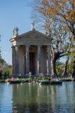 Rome Italien - marsch 22, 2019: Templet av Asclepius Tempio di Esculapio lokaliserade i trädgårdarna av villan Borghese, i Rome royaltyfri foto
