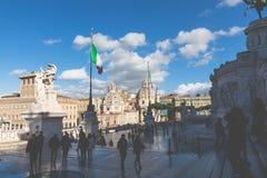 ROME ITALIEN - NOVEMBER 30, 2017: Minnes- monument Vittorianen Arkivbilder