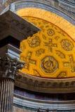 Rome Italien - September 11, 2016 Detalj från inre av panteon fotografering för bildbyråer