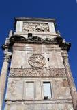 Rome Italien: sidosikt av bågen av Constantine Royaltyfri Bild