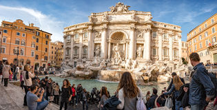 ROME, ITALY - NOVEMBER 24, 2012 - Rome Fountain di trevi crowded of tourists Royalty Free Stock Photos