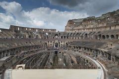 Rome juli 2015: toerist die Colosseum in Rome, Italië bezoeken Royalty-vrije Stock Afbeelding