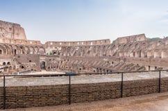 ROME - JUNI 14, 2014: Roman Colosseum inre Inre galleri Arkivbild