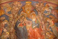 Rome - kröningen av den jungfruliga Mary freskomålningen i kyrkliga San Pietro i Montorio Baldassarre Peruzzi från 16 cent Royaltyfri Bild