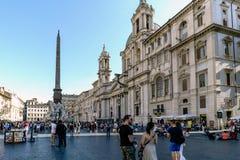 Rome, Lazio, Italië 25 juli, 2017: Hoofdvoorgevel van de kerk cal royalty-vrije stock afbeeldingen