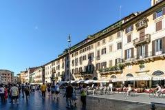 Rome, Lazio, Italië 25 juli, 2017: Terrassen van barshoogtepunt van peop royalty-vrije stock afbeelding