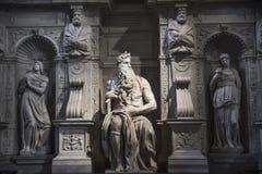 Rome, Mozes door Michelangelo op het graf van Paus Julius II in Sai stock afbeelding