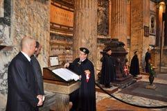 ROME-NOVEMBER 6 :成员开胃菜议院在11月6,2010的罗马万神殿在罗马,意大利。 图库摄影