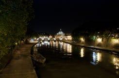 Rome par nuit Photographie stock libre de droits