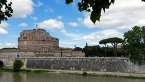 rome r 21-ое мая 2019 Castel Sant Angelo или мавзолей в Риме Италии Исторический замок, который расположен около акции видеоматериалы
