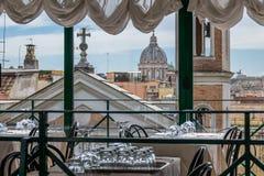 Rome - sikt från en restaurang Royaltyfria Foton