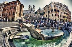rome som de gamla badar och trinitykyrkan i den Spanien fyrkanten Royaltyfria Bilder