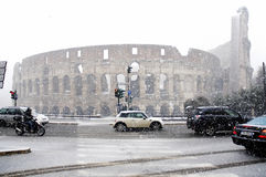 Rome sous la chute de neige importante Photo libre de droits