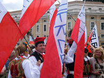 ROME, VATIKAAN - April 28, 2014: de vreugde van Poolse pelgrims aan St Stock Afbeelding