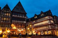 Romerberg kwadrat w Monachium przy nocą Zdjęcie Stock