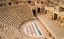 Romersk amfiteater i Jerash Arkivfoton