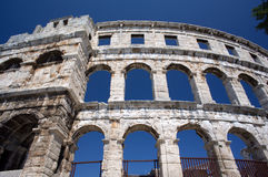 Romersk amphitheater i Pula Arkivbilder