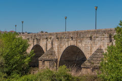Romersk bro i Merida, Spanien royaltyfria bilder