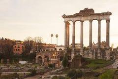 Romersk forumbyggnad fördärvar Royaltyfri Fotografi