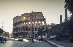 Romerska Colosseum i Rome, Italien Royaltyfria Bilder