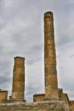Romerska kolonner på Pompeii Royaltyfri Fotografi