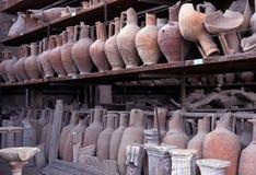 Romerska krukar, Pompeii, Italien. Arkivbilder