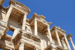 Romerskt arkiv av Celsus i Ephesus Arkivfoto