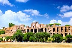 Romerskt fora i Rome, Italien. Arkivfoto