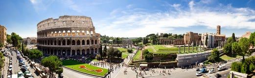 Romerskt fora och Colosseum Royaltyfria Bilder