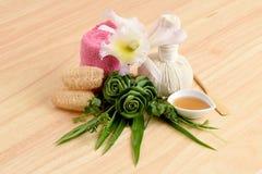 Romig Vers Herb Mask - Omslag Pandanus Palm, Ivy Gourd en honing, kuuroord met natuurlijke ingrediënten van Thailand stock afbeelding