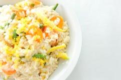 Romige citroen vegetarische risotto Stock Afbeelding