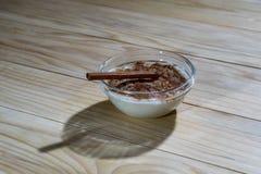 Romige rijstebrij met kaneel Stock Afbeelding