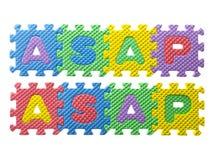 Rompecabezas de goma con alfabetos coloridos Fotografía de archivo