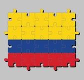 Rompecabezas de la bandera de Colombia en un tricolor horizontal de la doble-anchura amarilla, azul y rojo stock de ilustración
