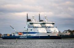 Rompehielos Kontio amarrado en Helsinki, Finlandia Imagen de archivo