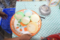 Rompendosi velocemente con il porridge nella moschea Pekojan Samarang Immagine Stock Libera da Diritti