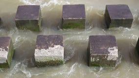 Rompeolas concreto de los polos almacen de metraje de vídeo