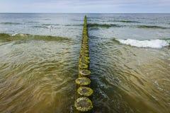 Rompeolas del mar Báltico Fotos de archivo