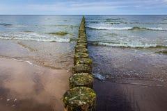 Rompeolas del mar Báltico Foto de archivo libre de regalías